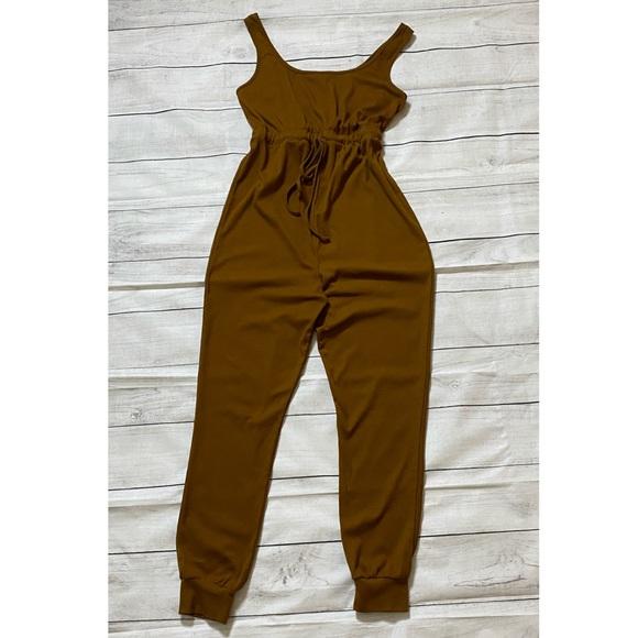 SHEIN Maternity Jumpsuit